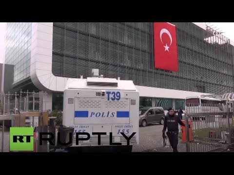 Turkey: Police barricade Zaman offices to prevent further demos