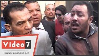 مشادة كلامية حادة بين رئيس جامعة الأزهر وأحد المتسببين فى حريق مستشفى الحسين