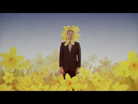 Kollektivet: Music Video - When am I supposed to Blossom?
