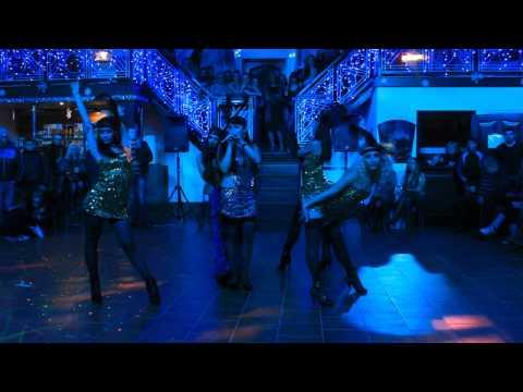Марина Колесник и коллектив ART-Dance, на показательном выступлении AL.Dance