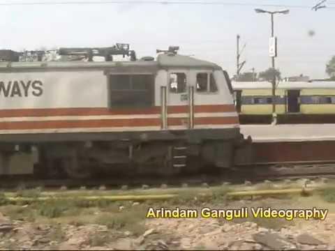 Duronto blasts thru 440 km Kanpur-Delhi in 4.30 hrs: high speed act by Sealdah Duronto Express