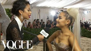 Download Lagu Ariana Grande on Her Sistine Chapel Ceiling Dress | Met Gala With Liza Koshy | Vogue Gratis STAFABAND