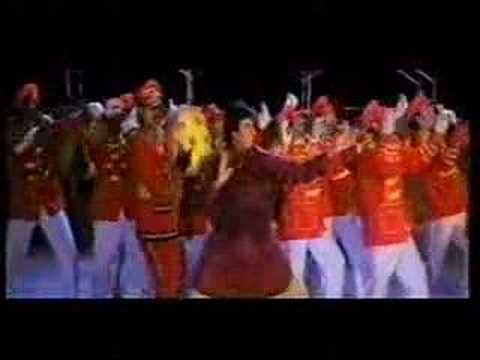 Assi Chutki Nabbe Taal (part 1) - Govinda & Big B video