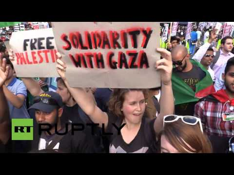 RAW: Anger & unrest at London protest over 'BBC bias' on  Gaza