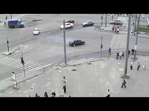 ДТП на перекрестке пр. Гагарина — ул. Одесская (31-05-2016)