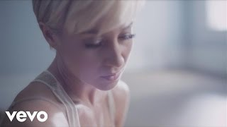 Watch Kellie Pickler Someone Somewhere Tonight video