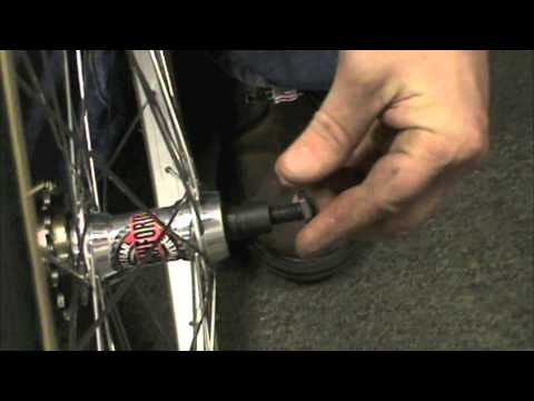 Bicycle Repair - Playing With Wheel Dish Axle Spacing - BikemanforU