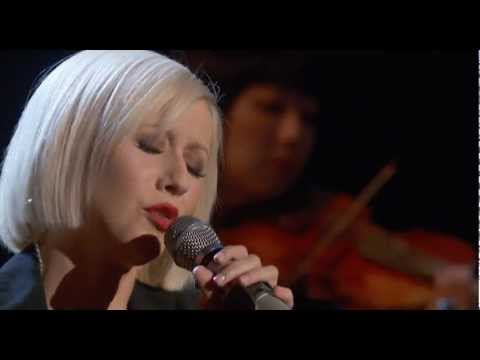 Christina Aguilera - Lift Me Up