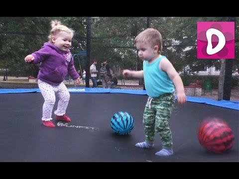 ✿ Веселимся на Батуте Indoor Playground Family Fun for Kids Indoor Play Area Playroom with Balls