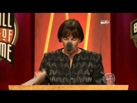 Tara VanDerveer's Basketball Hall of Fame Enshrinement Speech