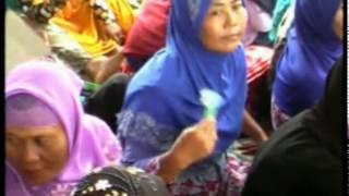 CONTOH QORI'  Acara Pengajian KH Anwar Zahid di Godo,Winong