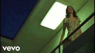 Leona Naess - Charm Attack