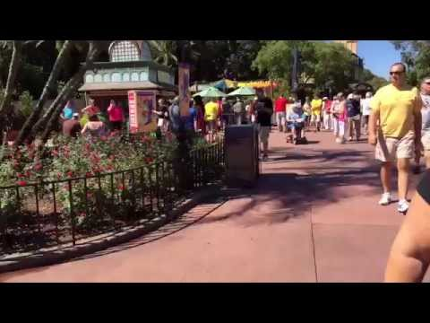 EPCOT's International Food and Wine Festival 2014 Time Laps
