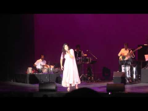 Shreya Ghoshal - Bahara Live In Holland 2015