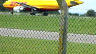 DHL taking off