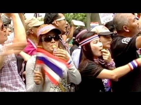 Boost for Thailand anti-amnesty protesters as Senate rejects bill