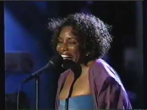 Stephanie Mills - Never Knew Love Like This Before (Live1998)