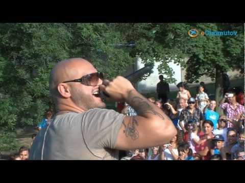 Letní kino si při Romském festivalu podmanil Rytmus