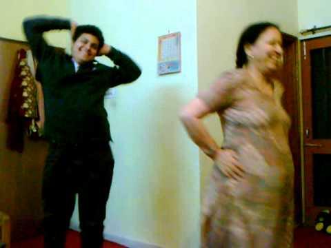 A FUNYY DANCE  mel kara de raba soni kudi de naal