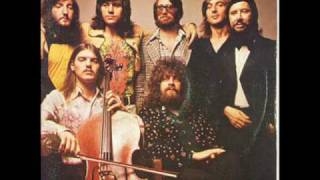 Watch Electric Light Orchestra Rain Is Falling video