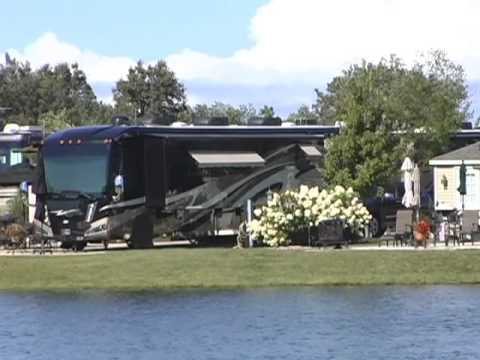 South Haven Sunnybrook RV Resort Landscaping-Grounds