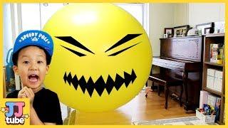 초거대 풍선 터트리기! 서프라이즈 에그 킨더조이 장난감 놀이 Giant Balloon  Surprise egg Toy & Play [제이제이 튜브-JJ tube]