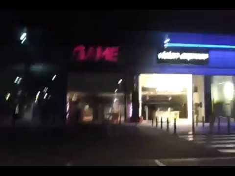 "Opportunist Thugs And Criminals In Orpington, Kent, UK Looting ""Game"" Video Game Store during UK rio"