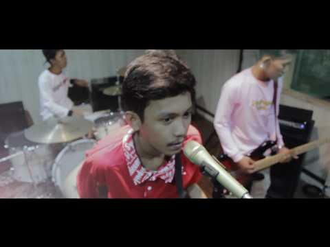 BLUE EYES - ASAL KAU BAHAGIA ( POP PUNK COVER )