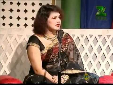Hindi Urdu Shayari Ghazal Seema Gupta in Mushaira (Salaam-e-Mehfil April 30 '12 Part - 1 )