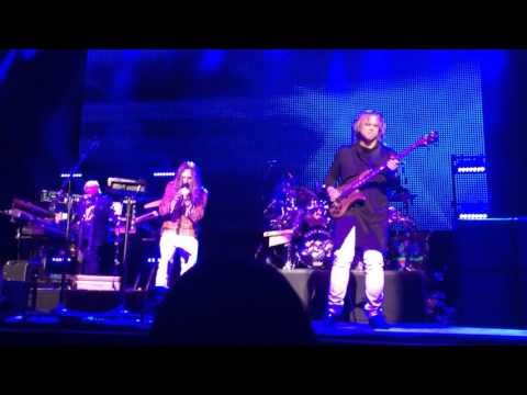 Yes Live In Glasgow - 'White Car' & 'Does It Really Happen' 27th April 2016