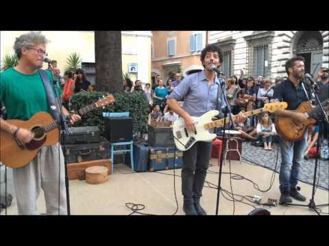 FabiGazzèSilvestri Live @ Roma - medley La Favola di Adamo ed Eva-Lasciarsi un giorno a Roma-Salirò