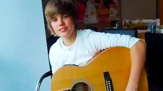 "Justin Bieber 2009 (15 years old)  ""Lonely Girl"" Acoustic at Seventeen Magazine"
