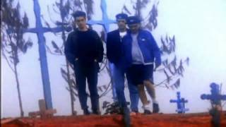 Watch Caifanes Nubes video