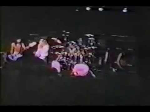 Motley Crue performing 'Public Enemy' in 1981 Live at The Starwood in Hollywood, CA