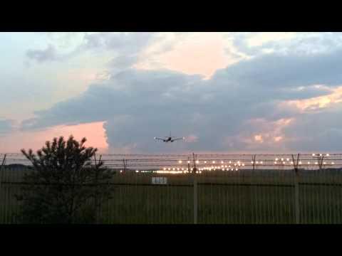 Lądowanie Samolotu Na Lotnisku W Bydgoszczy 8 Czerwca 2013