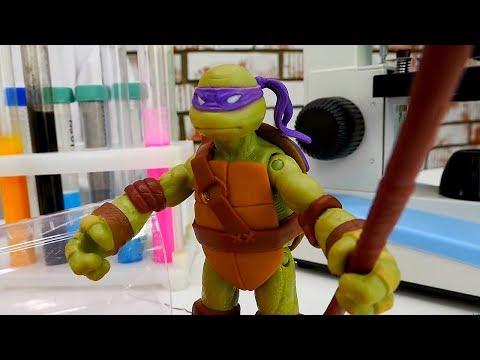 Битва #ЧерепашкиНиндзя и Шредера! МИКЕЛАНДЖЕЛО ранен! Видео игрушки #длямальчиков Игры для детей