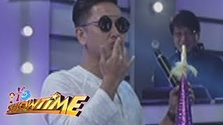 It's Showtime Copy-Cut: Vice Ganda accidentally hits Jhong on the face