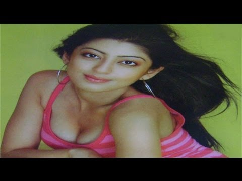 Praneetha hot show unseen photos - Sarada movie heroine - Pawan kalyan , Samantha