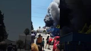 Incendio fábrica #Simmons  #Argentina  #avellaneda