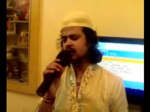Raja Hasan singing Main Shayar Badnam