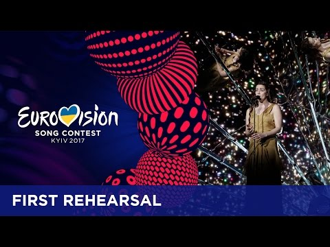 Lucie Jones - Never Give Up On You (United Kingdom) First rehearsal in Kyiv