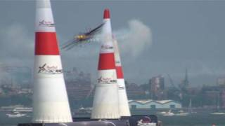 Red Bull Air Race New York - Kirby Chambliss (1080p HD)