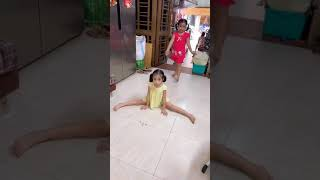 "Dancing ""Taki taki"" ...with cherry&sushi version"