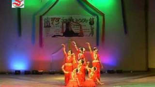 Bengali music , young girls dancing Titel 9 AVSEQ10