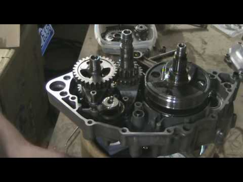 Part 12: Assembling dirt bike motor bottom end mating cases 1. YZ250F example