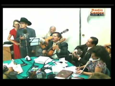 el uriangato canta, ella ;programa de radio buenos dias, de hector martinez serrano