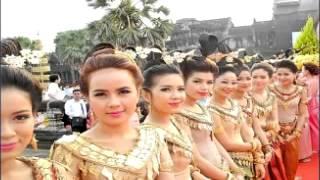 Kampong Thom រាំវង់ខ្មែរឆ្នាំថ្មី២០១៦ Romvong Khmer2016 New Year