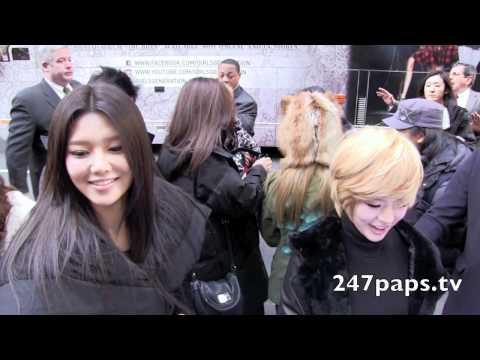 Girls Generation invades New York City (Fan Cam)