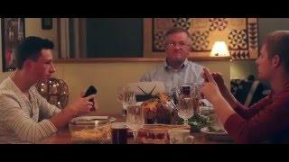فيديو:  ما فعله اب لمنع استخدام ابنائه الهاتف على الغداء