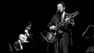 Watch John Pizzarelli Here Comes The Sun video